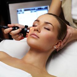 مزایا و عوارض جوانسازی پوست با لیزر