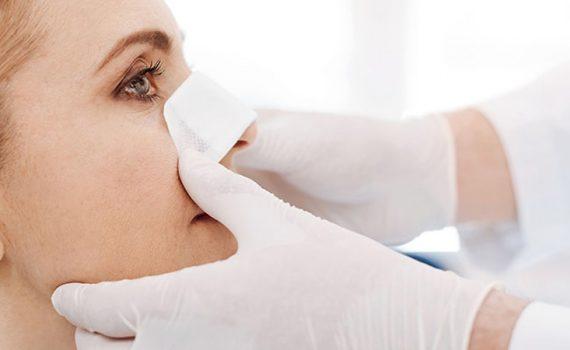 عفونت بعد از جراحی بینی